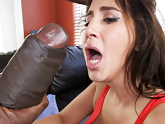 Latina rescuer acquire an orgasm from monster dick