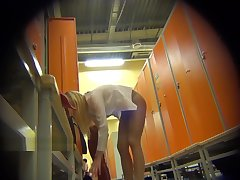 LockerRoom Spy Girls Dress Up in the Locker Room Sporting club Spycam