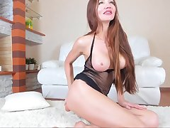 Horny Russian Amateur Model Wild Anal Dildoing